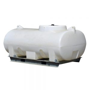 2,000 litre horizontal tank with frame